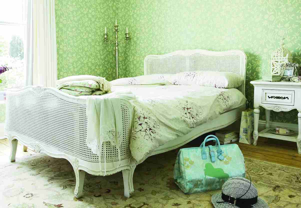 Vintage Beds | Creative Stream